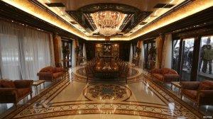Inside Yanukovych's mansion